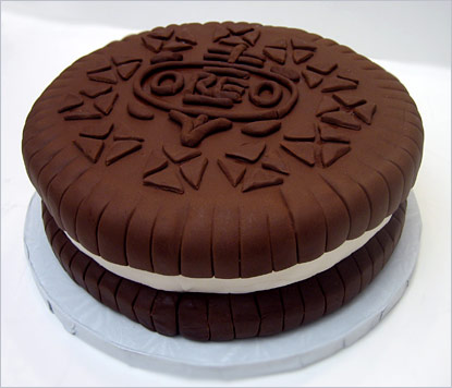 Oreo Cookie Groom's Cake - The Sugar Syndicate Chicago